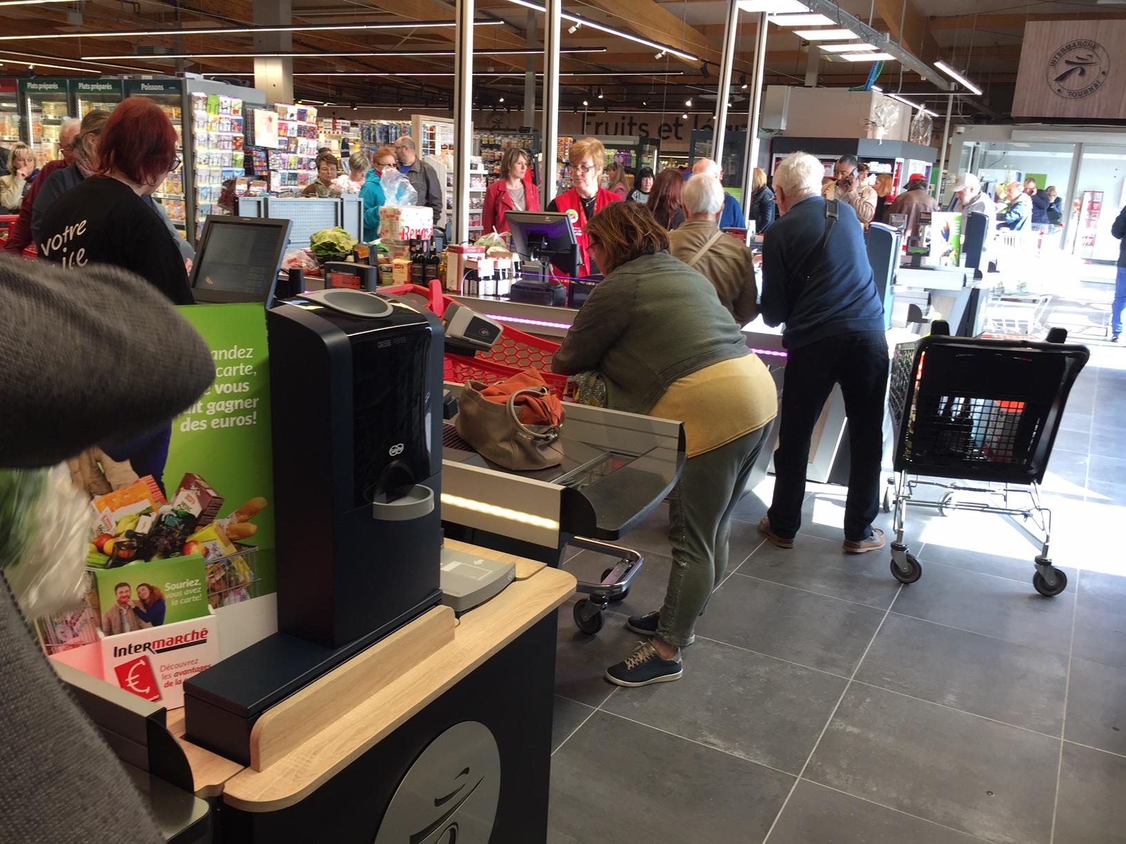 intermarche supermarket cash handling