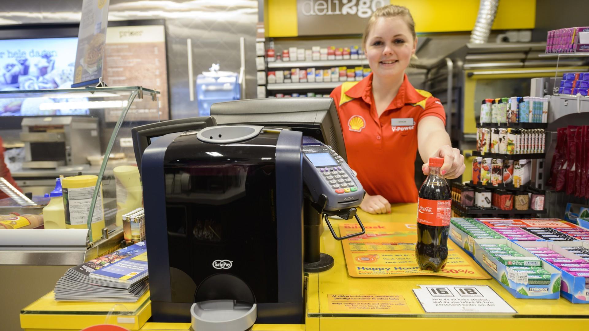shell gas station closed cash handling safepay
